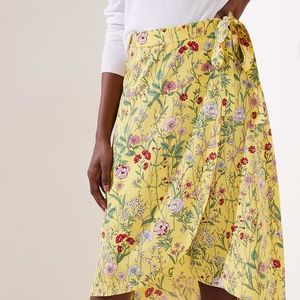YELLOW FLORAL WRAP SKIRT NWT